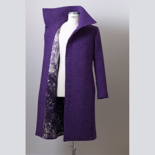 With pure silk lining / Tisztaselyem béléssel